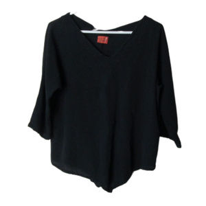Oh my Gauze! black cotton lagenlook top v-neck